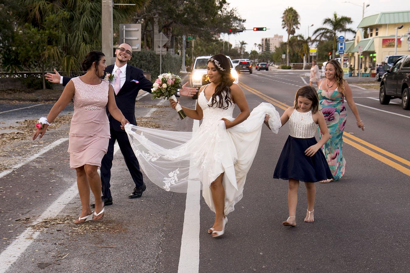 Crabby Bills Seafood wedding | Sarah Rose Photography | Central Florida Photographer