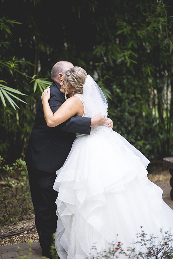 Club Lake Plantation wedding | first look with father | Central Florida wedding photographer | Sarah Rose Photography