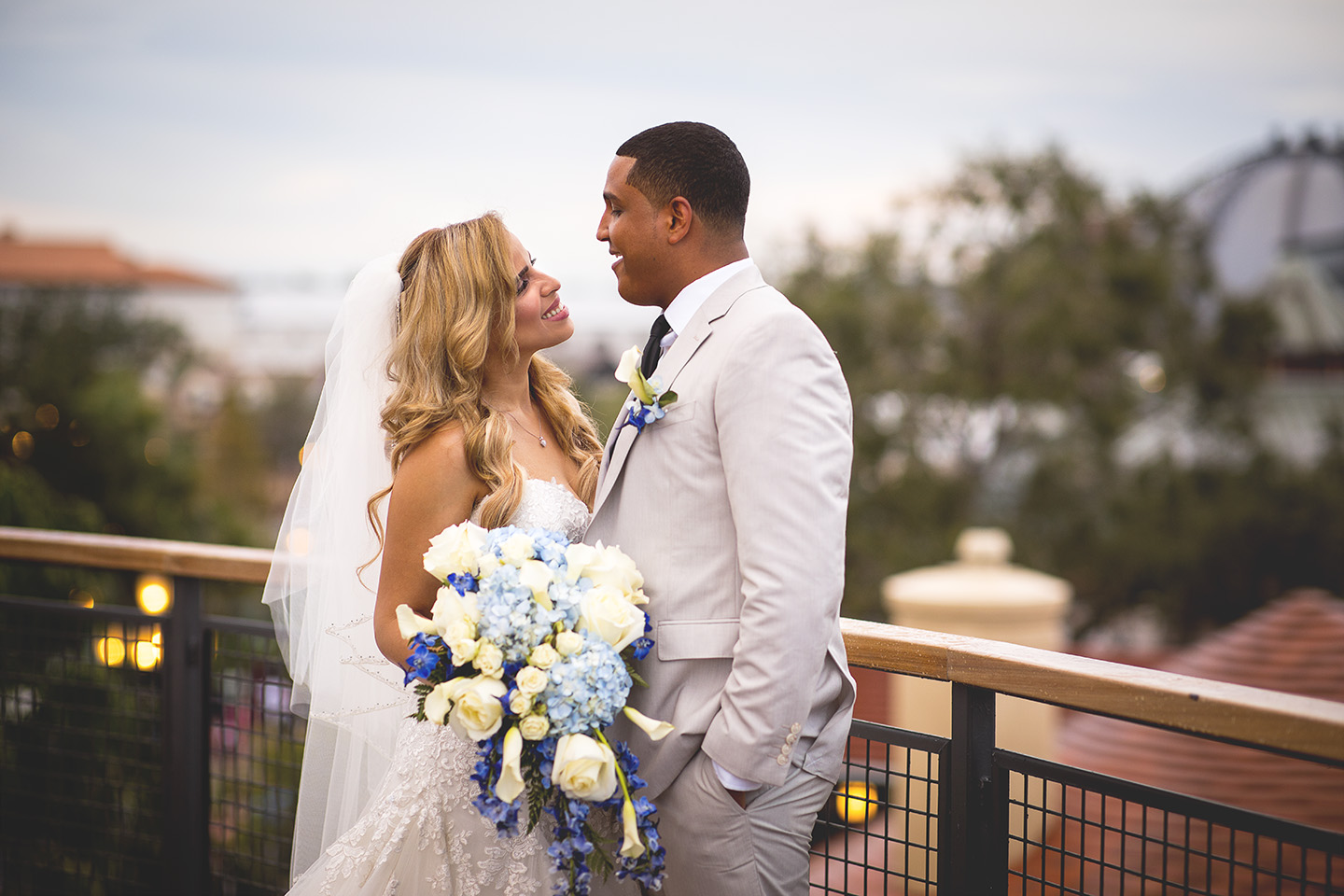 Central Florida wedding photographer, Sarah Rose Photography. Paddlefish Orlando